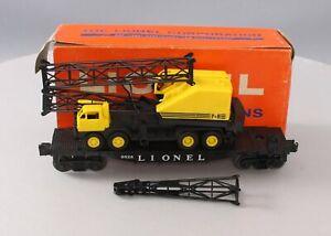 Lionel 6828 Vintage O Flatcar with P&H Harnischfeger Truck Crane/Box