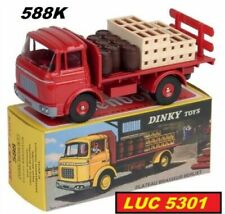 Camions miniatures rouges Dinky