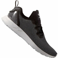 Chaussures noirs adidas pour homme, pointure 40,5
