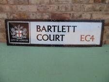 RARE ORIGINAL ENAMELLED + METAL CITY OF LONDON STREET SIGN BARTLETT COURT EC4