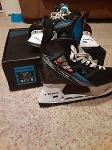 True TF9 Hockey Skate size 9.5R