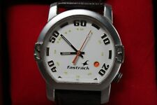 Fastrack Quartz  Mens Analog Date Dial Wrist Watch 1161SFB Unique design LOOK!