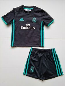 Adidas Real Madrid away mini Soccer kit Children's Size 3-4Y  Authentic