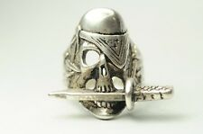 T05E10 Vintage Gothic 1984 G & S Biker Pirate Skull w/ Knife Silver Ring Size 7