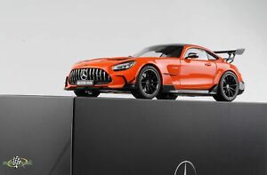 Mercedes-Benz AMG GT Black Series 2021 magmabeam 1:18 Norev Dealer