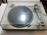 Vintage Sanyo TP-1010 Turntable PLL Servo/Belt Drive System Good Condition