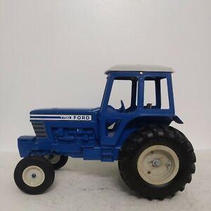 1/12 Ertl Farm Toy Ford 7700 Tractor