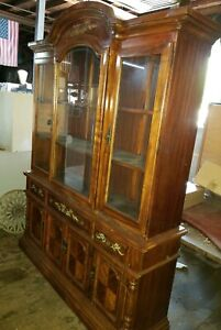 Vintage 2-piece China Cabinet - In Great Condition!