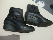 CLARKS UNSTRUCTURED BLACK LEATHER WEDGE BOOTS UK 4D EXCELLENT CONDITION *