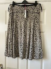 Per Una skirt size 16 BNWT lined black and beige