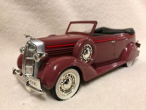 Spec Cast Classic 70001 1936 Dodge 4 Door Convertible Bank