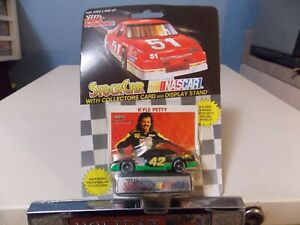 RACING CHAMPIONS KYLE PETTY DIECAST COLLECTOR RACE CAR