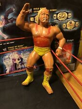 WWF LJN Wrestling Superstars Hulk Hogan Red Shirt Figure WWE 1988 Damaged