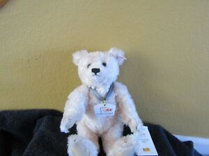 Steiff Margaret  Strong Museum Bear, 2005 Vintage, medallion in German - RARE
