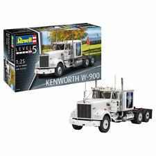 REVELL Kenworth W-900 1:25 Truck Model Kit 07659