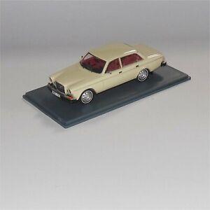 Neo Scale Model 43108 Volvo 164 Sedan 1969 Cream