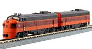 Kato N Scale F7 AB Set ~ Milwaukee Road 95A & 95B ~ Both Powered DC ~ 106-0430