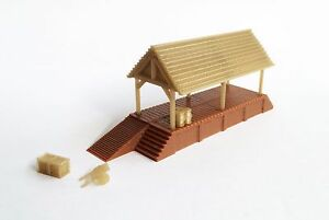 Outland Models Train Railway Layout Wood Style Loading Dock w Shed N Scale 1:160