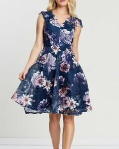 Review Whisper Floral Lace Dress New With Tag Size 10 RRP $299