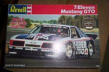 REVELL 7/ELEVEN GTO IMSA MUSTANG Model Car Mountain 1/25 OPEN