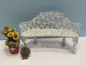 Vintage Artisan SUSANNE RUSSO Wrought Iron Bench Dollhouse Miniature 1:12