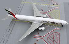 Gemini 200 Boeing 777-300ER Emirates A6-EBU 1/200 Scale Model Aircraft G2UAE387
