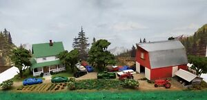 NEW BUILT HO FARM SCENE 4 TRAIN LAYOUT HOUSE BARN POND COWS PEOPLE VEHICLES HAY