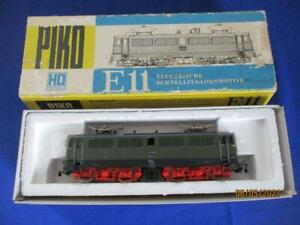 G9683) Modelleisenbahn Spur H0 : Elektro  Lok E11 022   OVP  PIKO