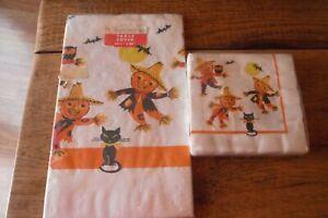 Vintage Halloween Paper Tablecloth + 20 Napkins=UNUSED in Pkg-Black Cats Bats++