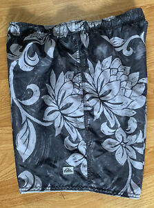 Mens Blue Gray Hawaiian Floral Quiksilver WaterMan Collection Swim Trunks Small