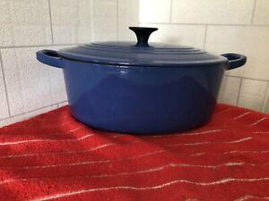 Le Creuset Casserole Dish Size 25 Dark Blue