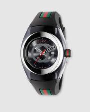Reloj de Gucci Sync XXL YA137101 de caucho negro