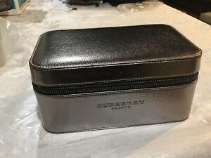 Burberry Beauty Gray Shiny Hard Makeup Cosmetics Jewelery Case NEW - Small Dent