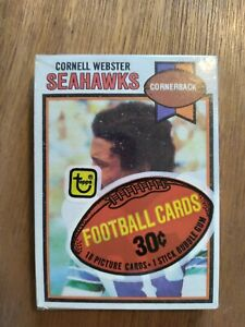 New Factory Sealed 1979 Topps Football Cellophane Pack Archie Manning on back