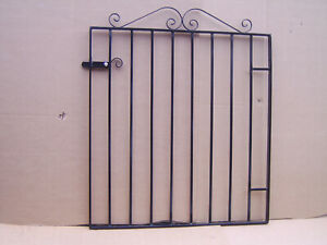 Oxton 3 ft tall metal  garden / side gate hangs on the right