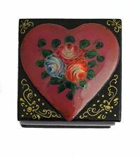 Boite à bijoux - Artisanat Russe - Coeur peinte par Sviridova