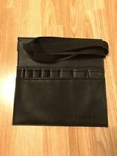 Chanel Cinturón de Cuero para cepillos de maquillaje