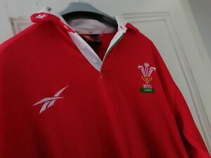 Vintage Wales Rugby Union Shirt 1999 home jersey Reebok Large size 38/40