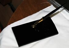 Vintage Sheaffer fountain pen with 14K gold nib with black marble holder