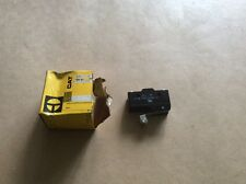 Fork lift truck parts-1x cat micro switch p/no 908450
