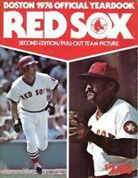 1976 Boston Red Sox Baseball Yearbook, 2nd Edition Carl Yastrzemski, Luis Tiant