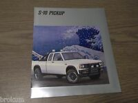 MINT CHEVROLET 1988 CHEVY S-10 PICKUP 20 PAGE SALES BROCHURE NEW (R-77)