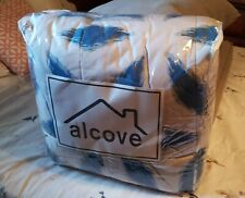 Alcove Blue Hexagon 8 pc Bed Set New