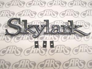 1968-1972 Buick Skylark Quarter Panel Emblem | GS | Skylark