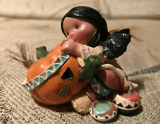 """Enesco - Friends of the Feather - """"Smile Carver."""""""