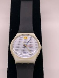 Vintage 1985 Swatch Lady Watch DOTTED SWISS Black band