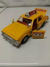 Corgi Chevrolet Caprice Classic Taxi TWA #327-B1 1979 Yellow