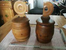 1206 / 2 Holz Vorratsgefäße in Form ei. Fasses Deckel z. Hängen um 1880 H = 28cm