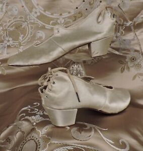 RARE LATE 19TH C SILK SATIN FUNERAL SHOES W LACING REAR
