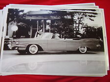 1960 CHRYSLER  IMPERIAL CONVERTIBLE   11 X 17  PHOTO /  PICTURE